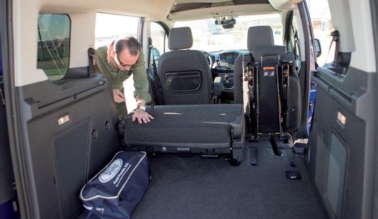 Prueba ford tourneo connect 1 0 ecoboost 100 cv titanium cami n actualidad noticias de - Medidas interiores furgonetas ...