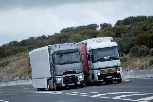 prueba y v deo del renault t 520 high sleeper cab cami n actualidad noticias de camiones y. Black Bedroom Furniture Sets. Home Design Ideas