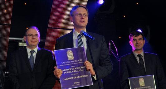 Carrier recoge premio en Polonia