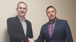 Firma Guillén Group y Nirvauto